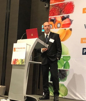 AquiNovo CEO Nissim Chen presents during the Technology Showcase (Indoor Agriculture and Sustainable Aquaculture), Agri-Food Innovation Summit, Singapore, 28 November 2018.